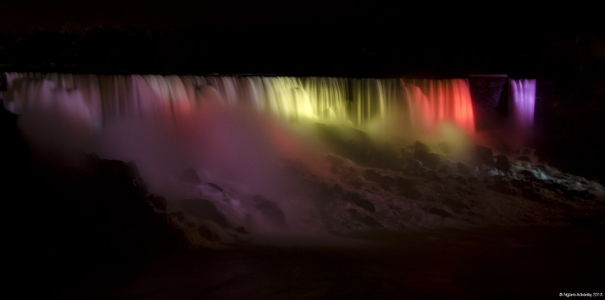 Niagara Falls by night, USA