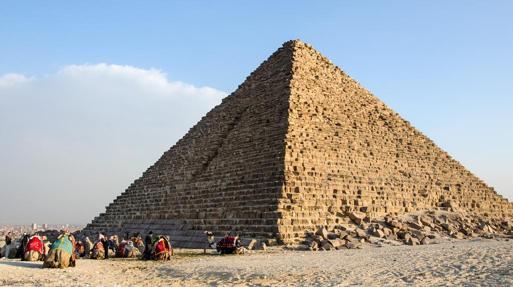 Pyramids, Giza, Cairo, Egypt.