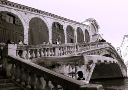 Rialto bridge, Venice, Italy.