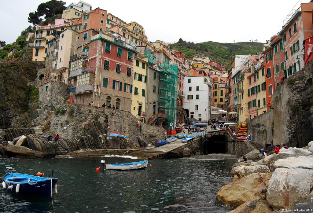 Riomaggiore, Cinque Terre, Italy.